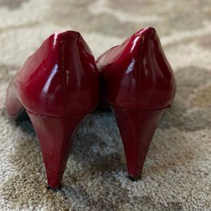 Red peep-toed pump